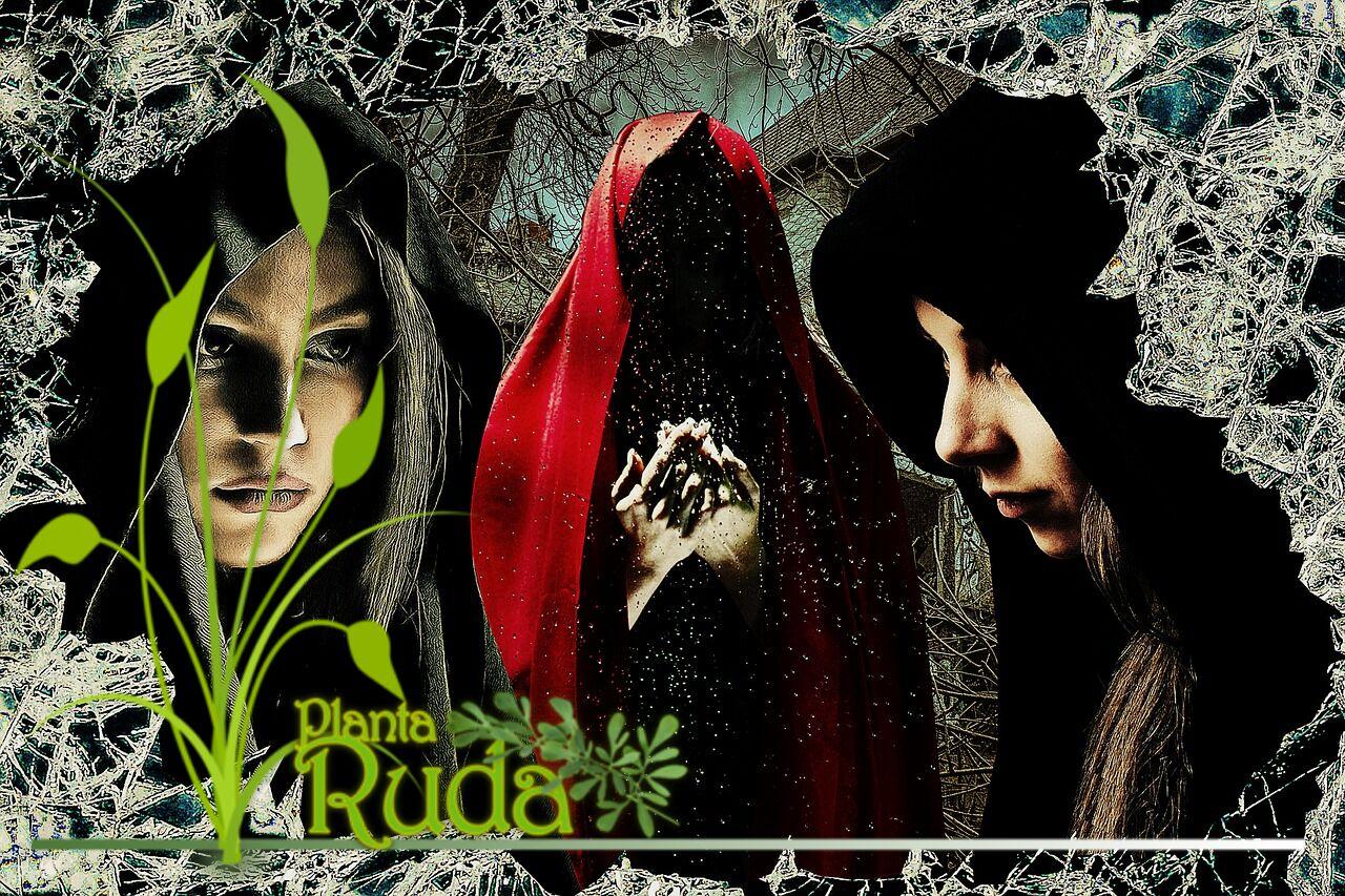 Qué hacen las brujas malas